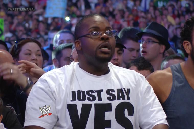 คนนี้ตะลึงตาถลนออกนอกเบ้า ไม่อยากเชื่อสายตาว่าเขาจะเห็น Undertaker แพ้ใน WM